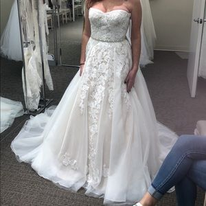 Wedding gown size 10